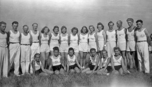 Turngruppe um 1948