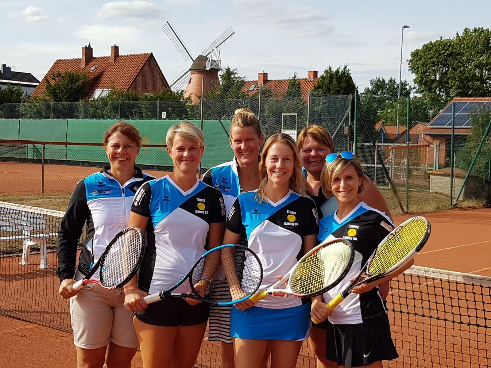 Von Links: Alexandra Gerke, Tina Krohn, Christina Rosenberger, Tina Fricke, Sandra Hülsmann, Oksana Dallmer.